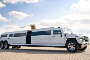 long-stretch-limousine-warsaw