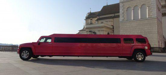 pink-limousine-hummer-warsaw